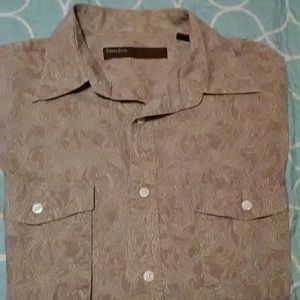 Perry Ellis tan muted paisley button down shirt